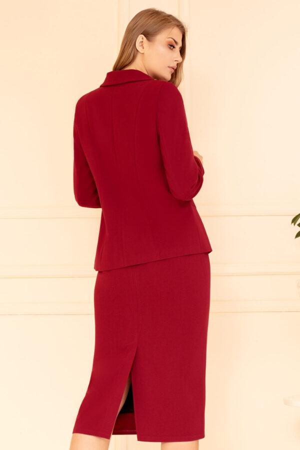 Elegancka garsonka bordowa ze spódnicą. Wizytowy komplet damski