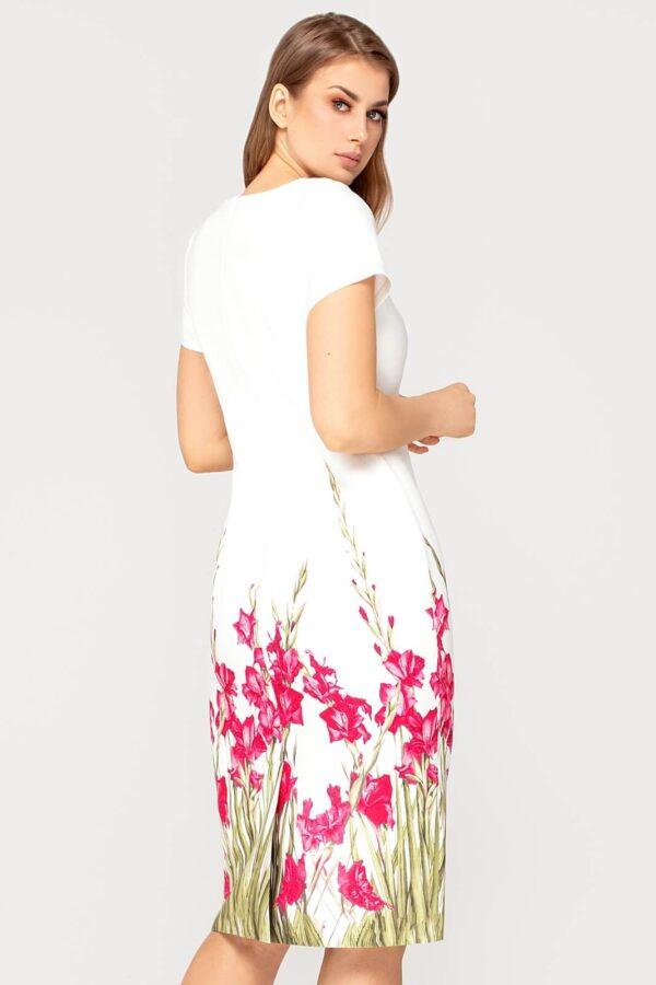 Sukienka Pola ecru w amarantowe kwiaty. Elegancka sukienka na wesele z podszewką
