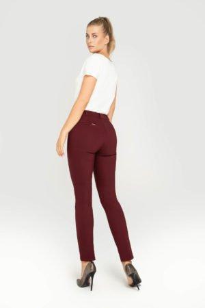 Spodnie bordowe- tył w całości