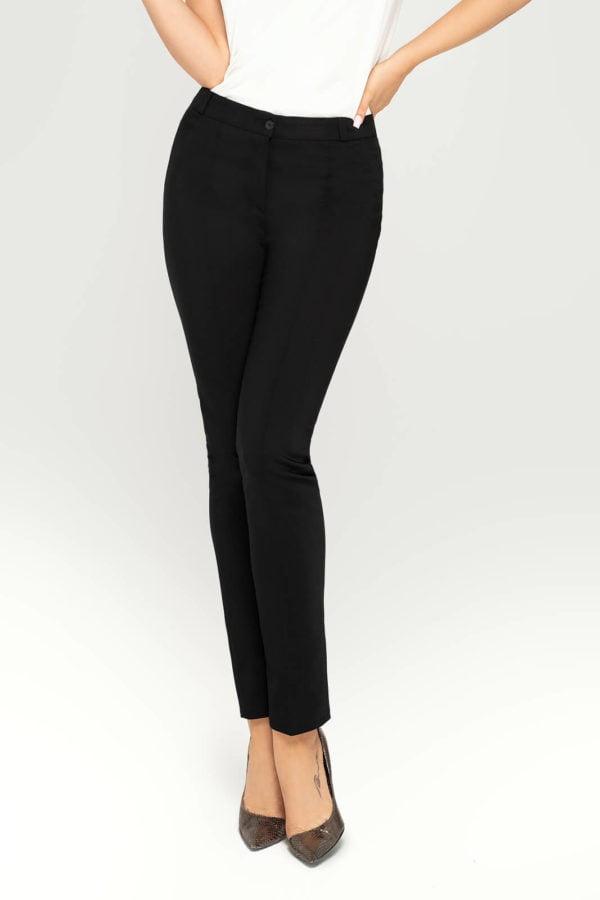 Spodnie czarne- przód