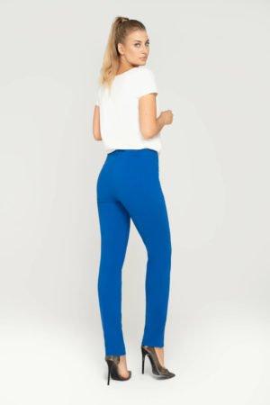 Spodnie klasyczne chabrowe ze zwężanymi nogawkami- widok z tyłu