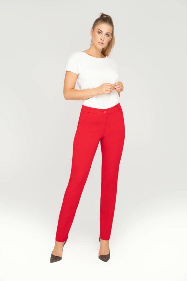 Eleganckie spodnie klasyczne czerwone ze zwężaną nogawką- przód